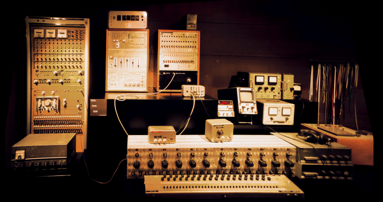 IPEM studio synthesizer (ca.1960-1980)